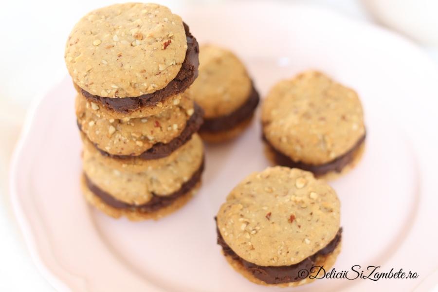 biscuiti-vegani-cu-migdale-si-ciocolata-2