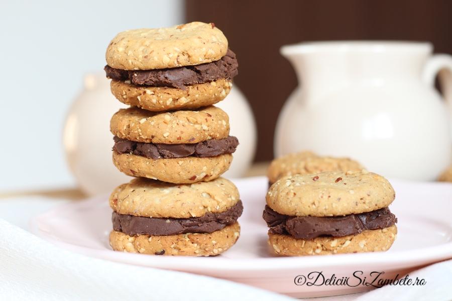 biscuiti-vegani-cu-migdale-si-ciocolata