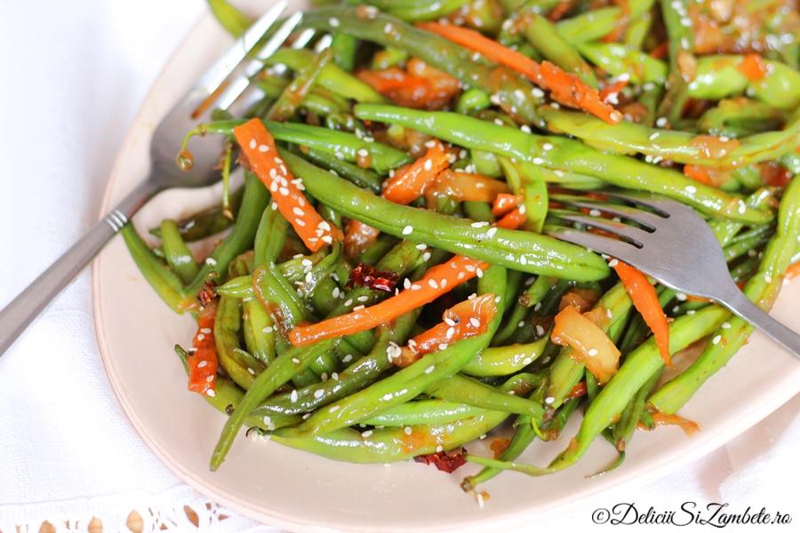 fasole verde cu sos de ghimbir