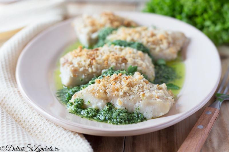 Salau la cuptor cu salsa verde