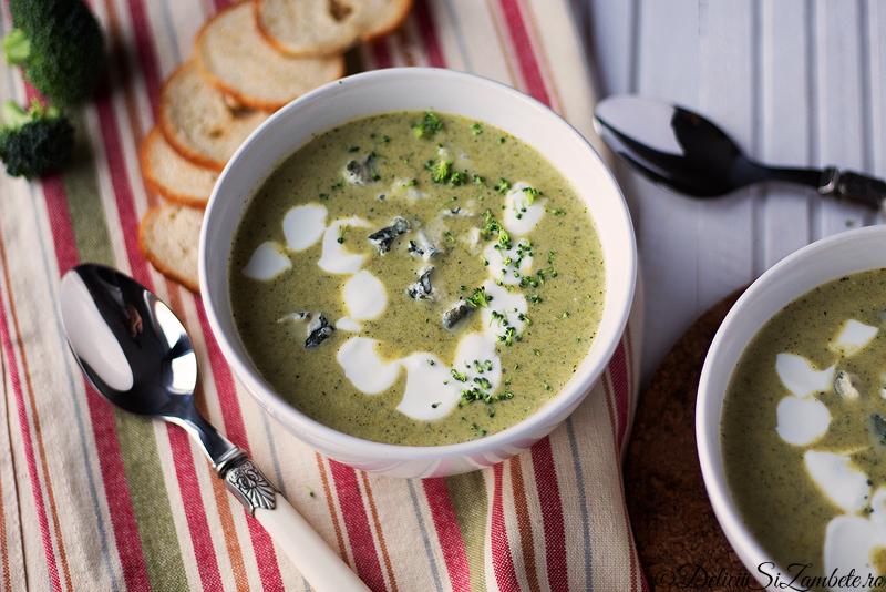 Supa de broccoli cu smantana si blue cheese
